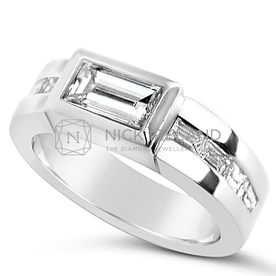 FSDR13/ 18ct White Gold 1ct Bagette Diamond Ring
