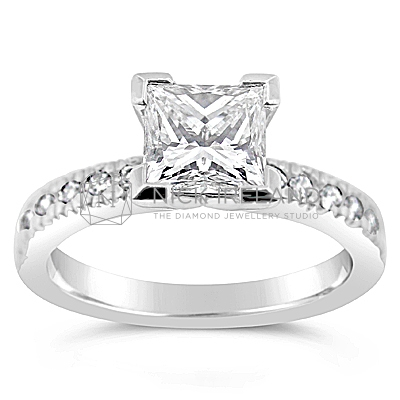 FSDR14/ Platinum 1.15ct Princess Cut Diamond Ring