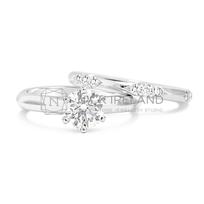 DWR16 / Platinum Diamond set Wedding ring with Solitaire