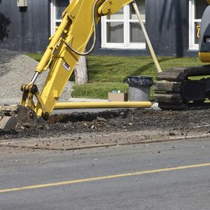 Roadworks image   excavator