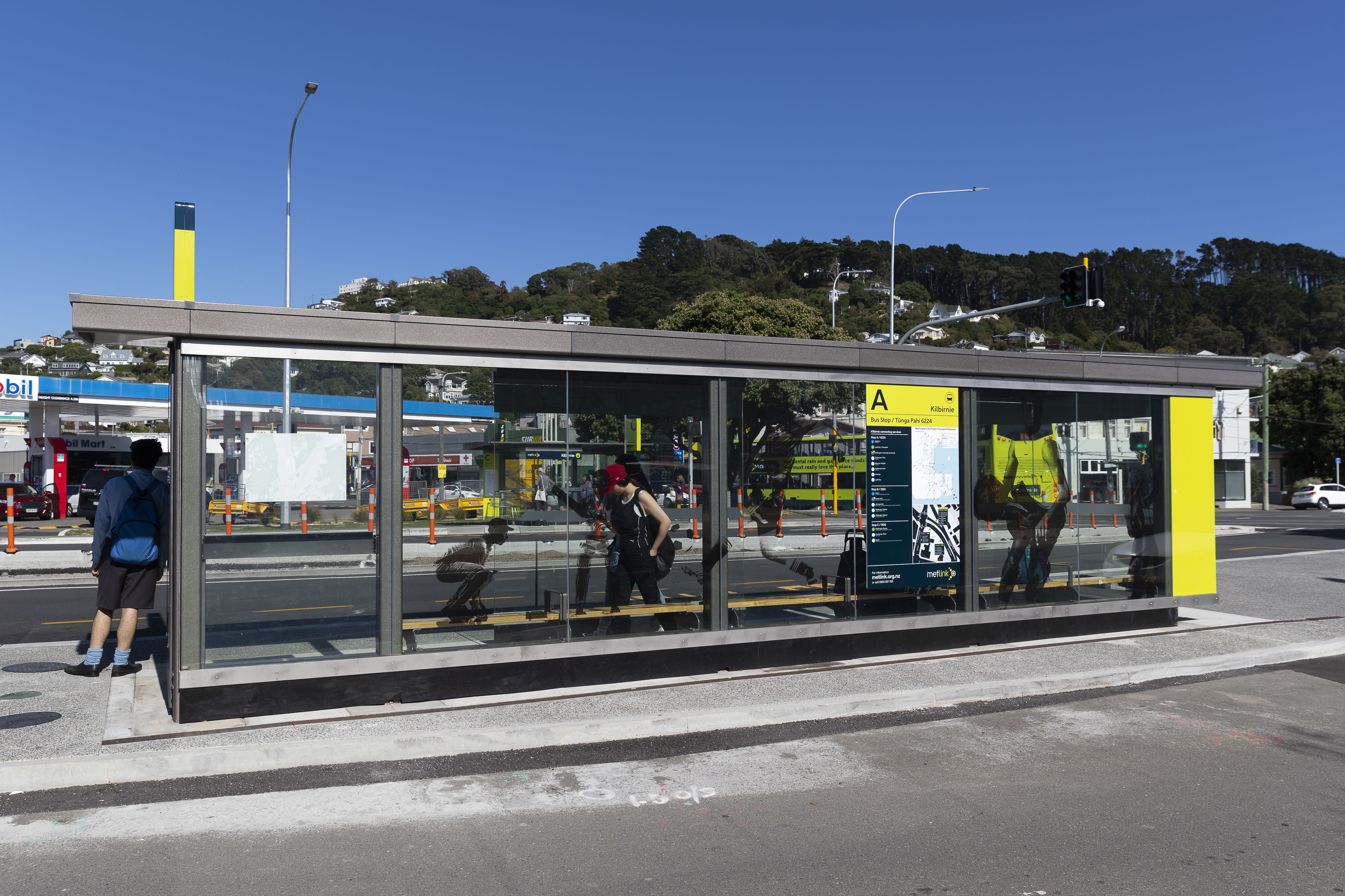 Bus shelter j007849 21i0184