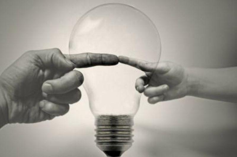 Ways to switch   energy   bulb 83142 1280