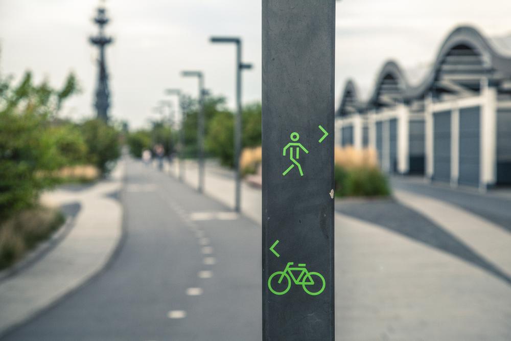 Pedestrian routes