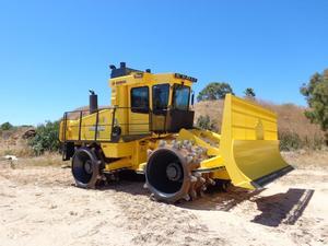 Bomag compactor 36 tonne dec 16