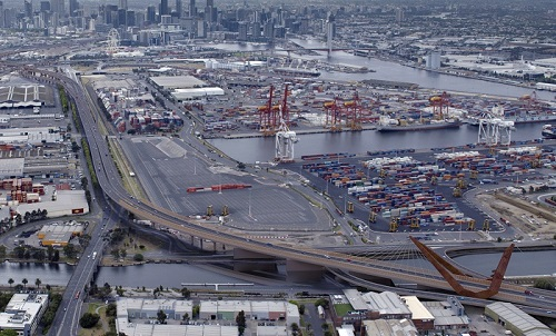 Visual_-_view_of_river_and_footscray_rd