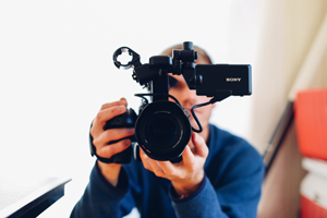 supporting image
