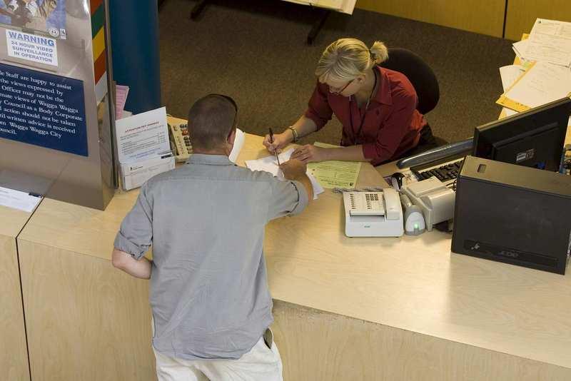 Unreasonable complaint contact policy