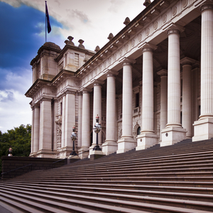 Victorian_government_leading_by_example