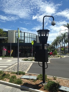 New_infrastructure_at_wood_victoria_st_roundabout