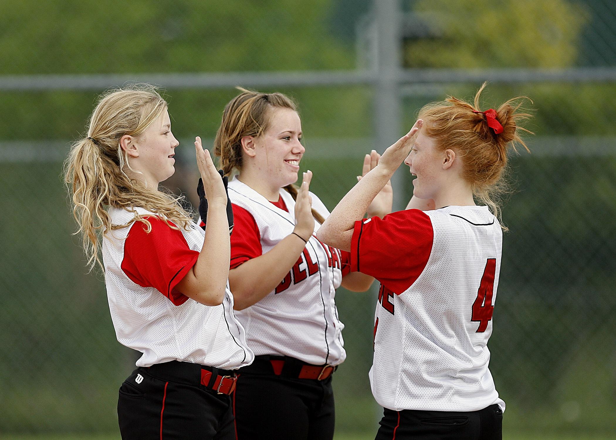 Softball girls team mates happy 163465 %281%29