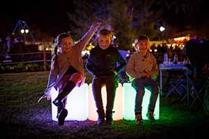 3 kids illuminated cubes