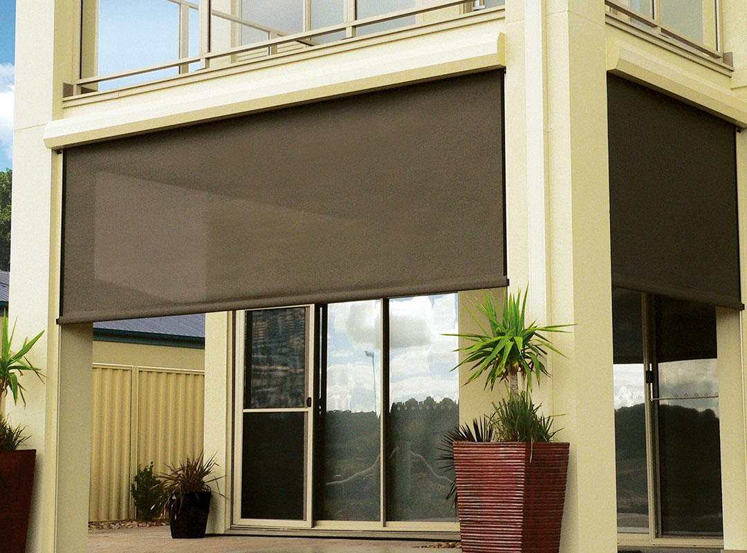 outdoor-blinds-adelaide-grey-blinds-potted-plant