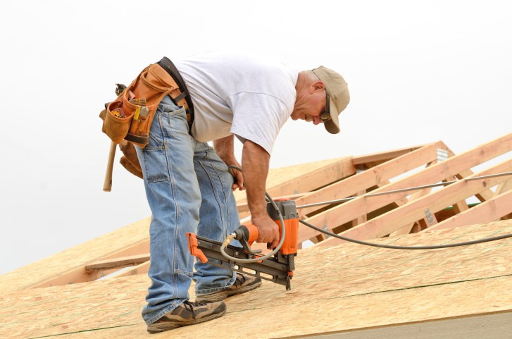 Do you need a new roof? 10 ways to tell.