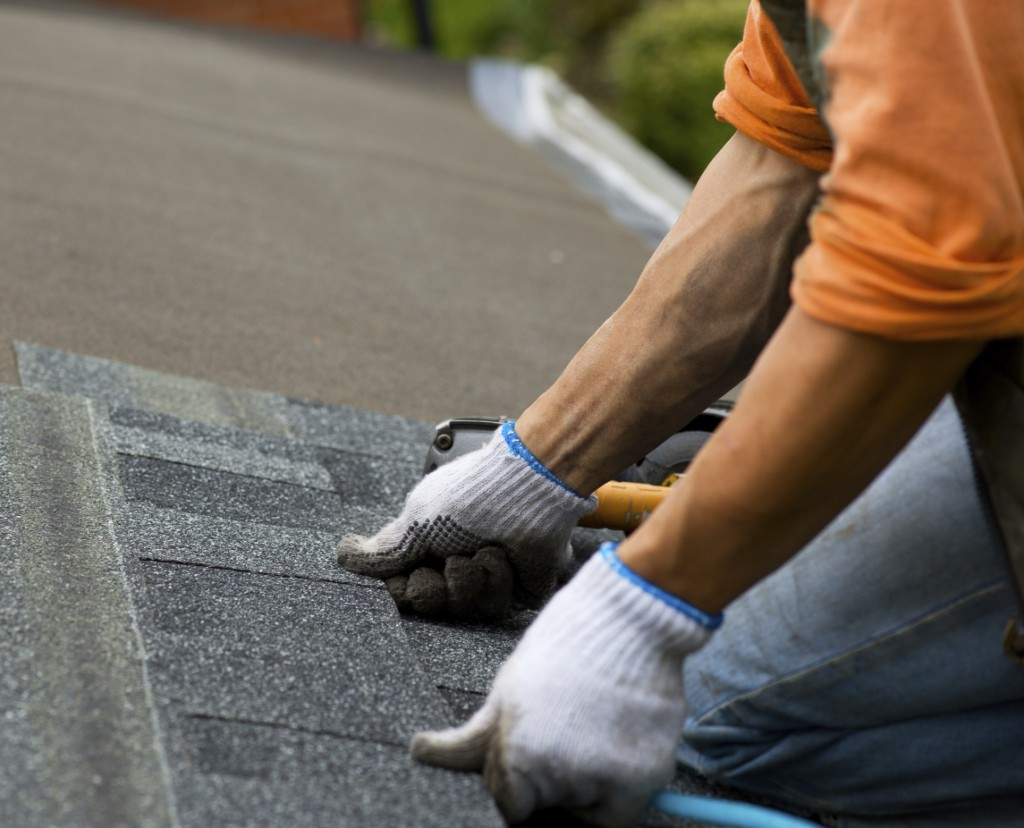 Refitting and replacing tiles in your roof