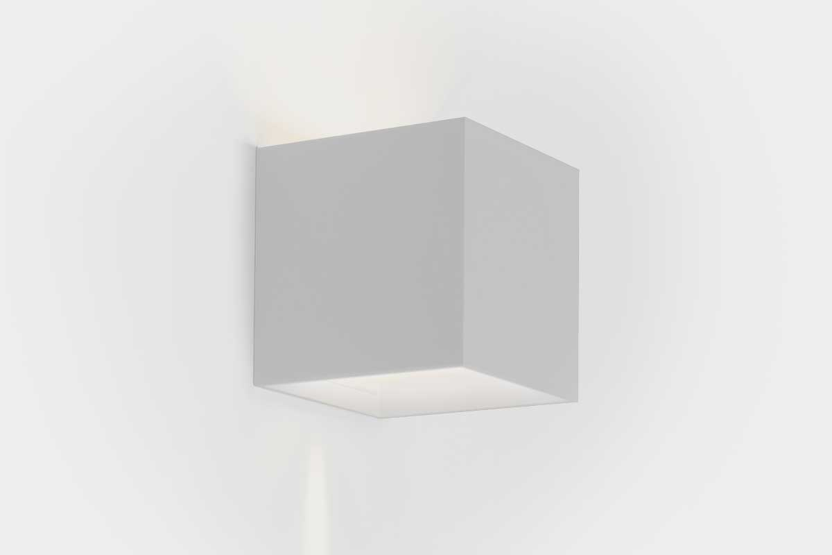 Product landing ext wall light