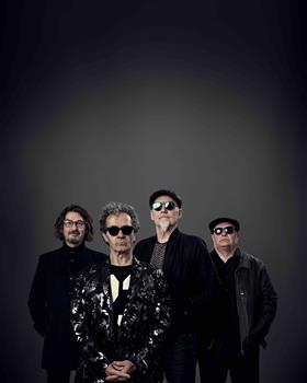 Choirboys: Their hits live + 6pk of hits from Tom...
