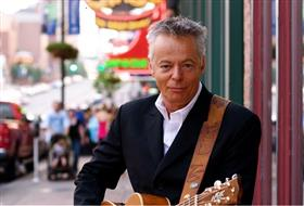 Tommy Emmanuel Live and Acoustic