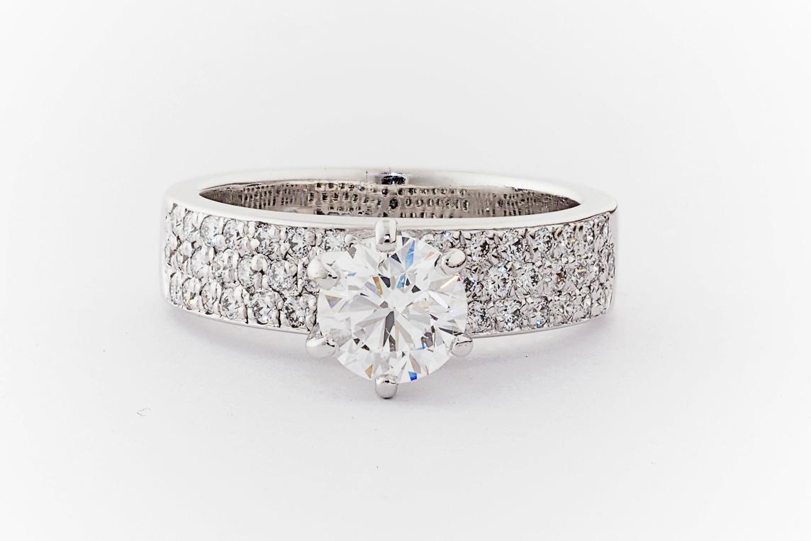 Pav 233 Diamond Engagement Ring Everettbrookes Jewellers