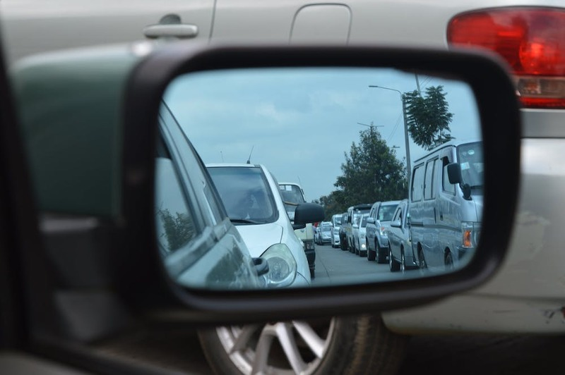 Remember to use your rear view mirrors when changing lanes during your driving lesson.