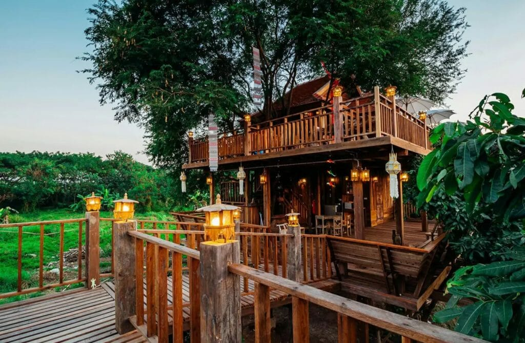 Treehouse rental for under $200 a night worldwide locations