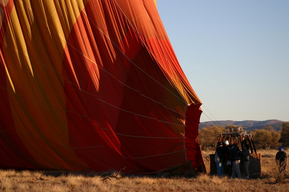 Alice springs balloon