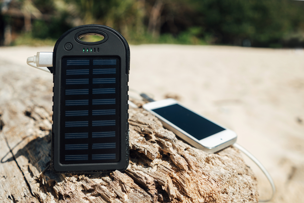 Solar charger mobile phone