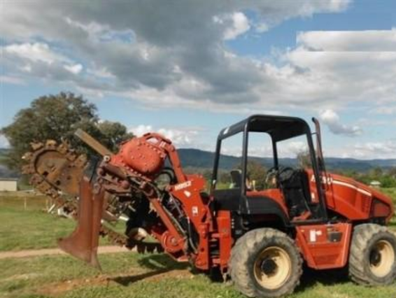 Ditch Witch RT90 Trencher
