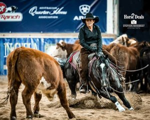 Leanne Rose and 'Cat N Black' in the 4Cyte Amateur Non Pro Classic Challenge Final