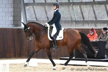 Alycia Targa and  'CP Dresden' produced some outstanding tempi change work to take fourth place in  the  FEI CDI-W Grand Prix Freestyle with 70.825%