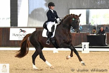 FEI Grand Prix winners yesterday, Alexis Hellyer and 'Bluefields Floreno' had to settle for second place today in the  FEI CDI-W Grand Prix Freestyle with 72.735%.