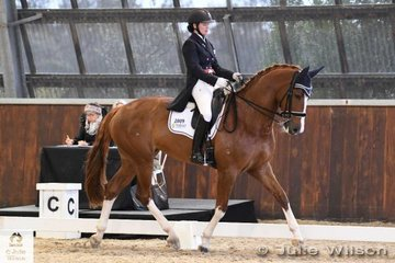 Amanda Shoobridge from NSW rode her eyecatching, 'Revelwood Florentine' to fourth place in the FEI Inter. 1 with 66.177%.
