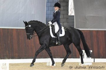 Natasha Moody rode, 'Diamonte Noir' to take sixth place in the  FEI CDI-Junior Freestyle.