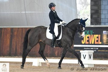 Jessica Hivron rode her, 'Greenoaks Weltmann' to take fourth place in the FEI CDI-Y Freestyle.
