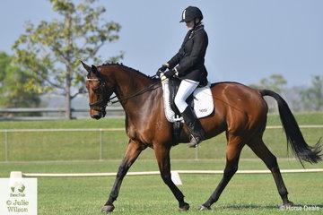 Sam Overall rode her Harvest Rafaela to win the Medium 4.3.