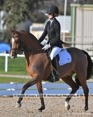 """KIZASHI"" in the 5 Year Old Young Pony ridden Jessica Dertell"