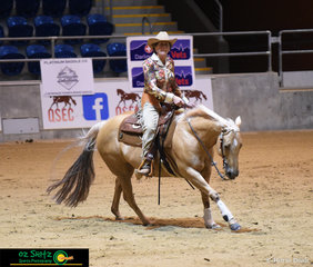 Robyn Ross rides her stunning palomino Atomic Blonde in the Non Pro class at QSEC