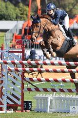 Young Jasmine Dennison is making her presence felt at the highest level and is pictured aboard her, 'Nicolossi' on their way to third place in the Part 1 One Round class today.
