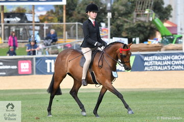 Kate Kyros is another young rider that has had a busy show. Kate is pictured aboard Christine Comley and Chris Lawrie's nomination, 'Rosedale Simplicity' that won the class for Pony Mare 12.2-14hh.