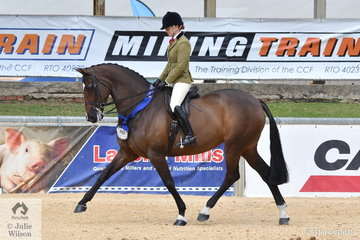Charlie Hunt rode Julie Payne's, 'Roxleigh Frederica' to win the class for Open Show Hunter 16-16.2hh.