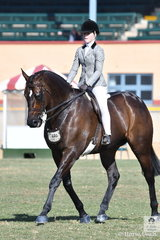 Daizi Plumb rode her dad's, 'DP Kingdom' to win the class for Child's Show Hunter.