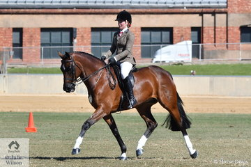 Earlier in the day, Jaimee-Lea Bruggemann was declared Reserve Champion Intermediate Rider (14-18 Years) and is pictured during the Show Hunter Championship ride off aboard her 15-15.2hh winner, 'Ballymont Laffranchi'.