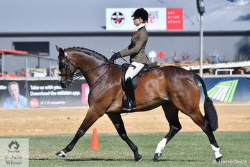 Alanna Richards rode her well performed Fisherman's Friend gelding, 'Ribbleton France' to win the class for Lady's Show Hunter and go on to take out the 2018 Adelaide Royal Show Hunter Reserve Championship.