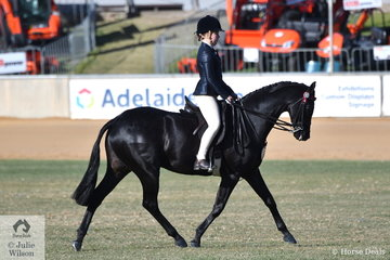 Phoebe Kouros rode India Mitchell's nomination, 'Royalwood Centre Stage' to take third place in the class for Child's Hack Over 15hh.