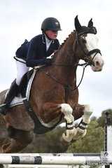Arienne Holdsworth-Rose rode the well performed Buzz Boy to fifth place in the second round of the ISJ Victorian Junior Championships.