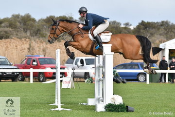 James Richardson rode Foreigh Secret in the Hygain Stars of the Future Round 2.