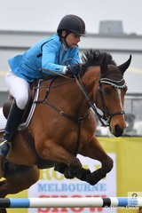 Amanda Madigan riding Diamond B Versailles took third place in the early morning Group C contest.