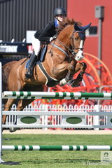 Isobel Guinness jumped a double clear round aboard Oaks Donatello to take second place in the Young Rider contest.