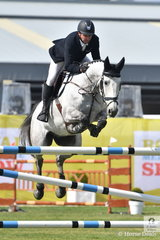 Brook Dobbin from the Yarra Valley, rode a clear round aboard Gabriel MVNZ in the Group B jumping contest.