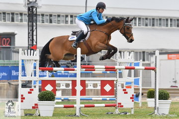 Amanda Madigan rode Helen Chugg's Vivant mare, 'Diamond B Vivienne' to post two super rounds and take fourth place in the hotly contested Mini Prix today.