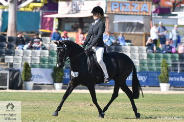Rhiannon Pearce's, 'Silkwood Singing The Blues' took second place in the class for Novice Pony 13.2-14hh.